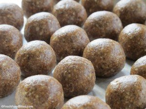 Try these nutrient-dense, fiber-rich No-Bake Cinnamon-Almond Energy Bites for a grab-and-go healthy snack the whole family will love.