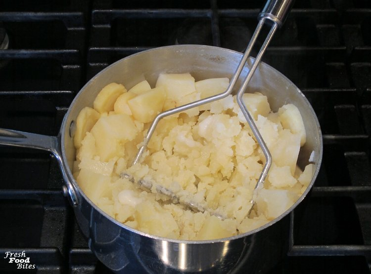 These light and fluffy Dairy Free Mashed Potatoes taste so similar to traditional mashed potatoes, thanks in part to the addition of a secret ingredient that replaces the bit of tangy flavor normally provided by regular milk and butter. Whether you need to eat dairy free or cook for someone who eats dairy free, everyone can enjoy this dairy free version of the classic side dish for your next holiday meal.